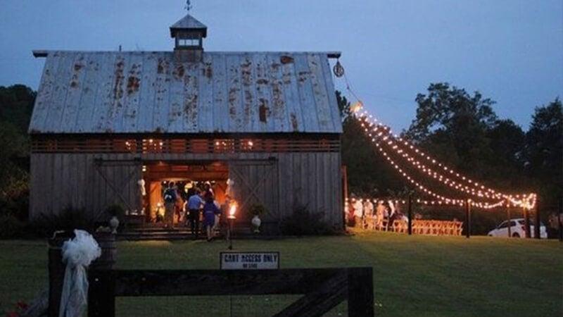 dekoracje ślubne, dodatki sala ślubna stodoła