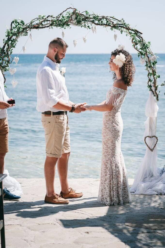 ślub na plaży w stylu boho