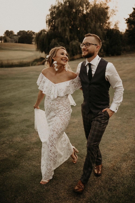 suknia ślubna, para młoda