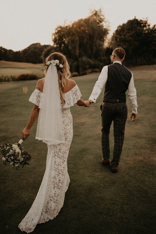 suknia ślubna para młoda