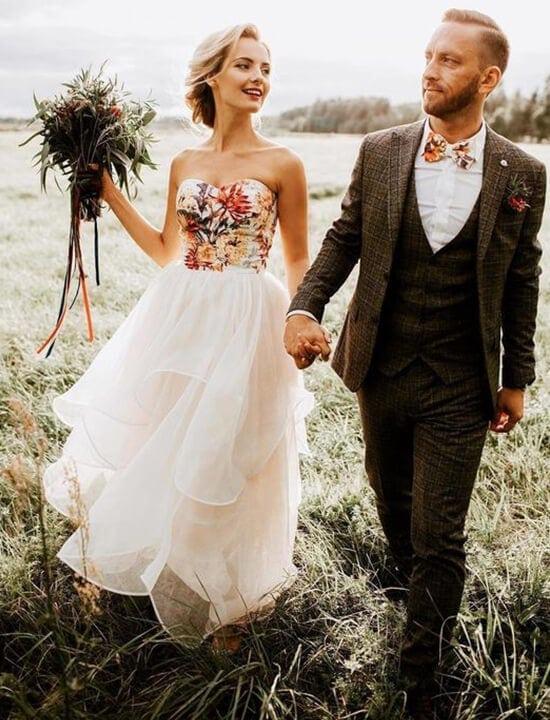 Jak się ubrać na wesele, czyli suknie ślubne w różnych estetykach