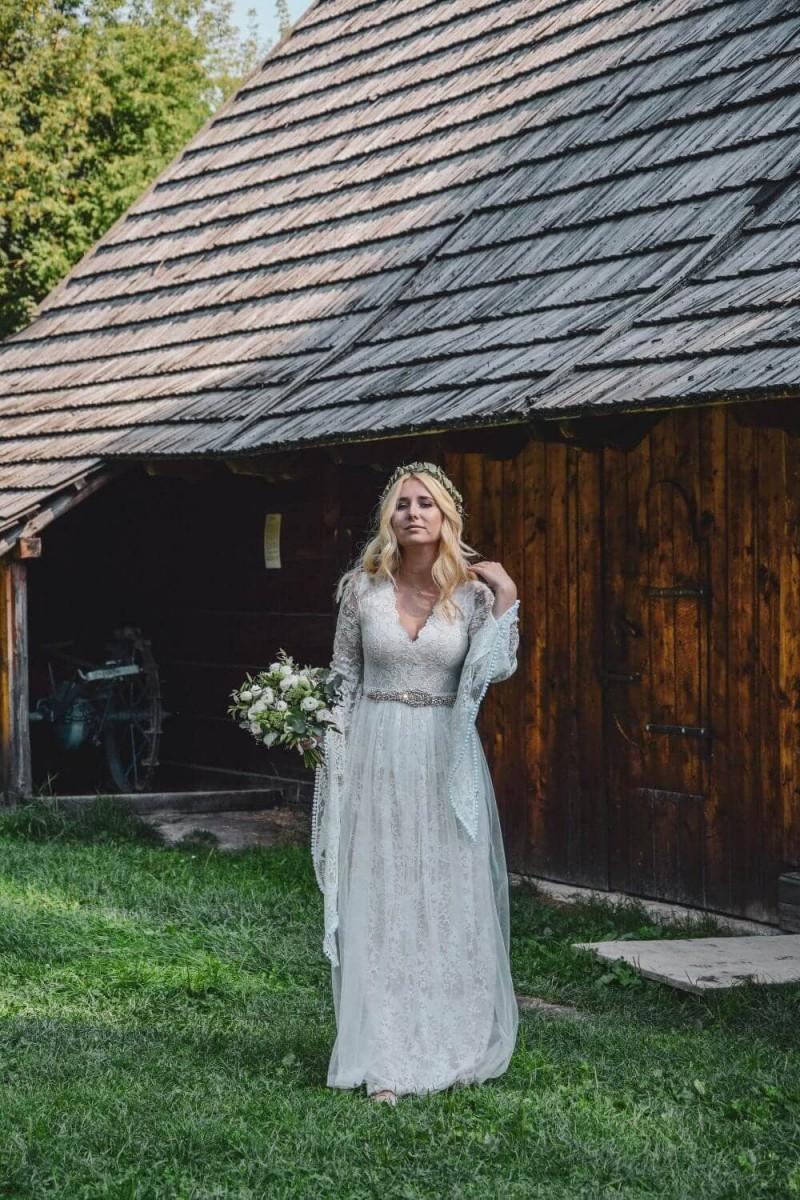 Suknia ślubna w stylu boho Porto 17.