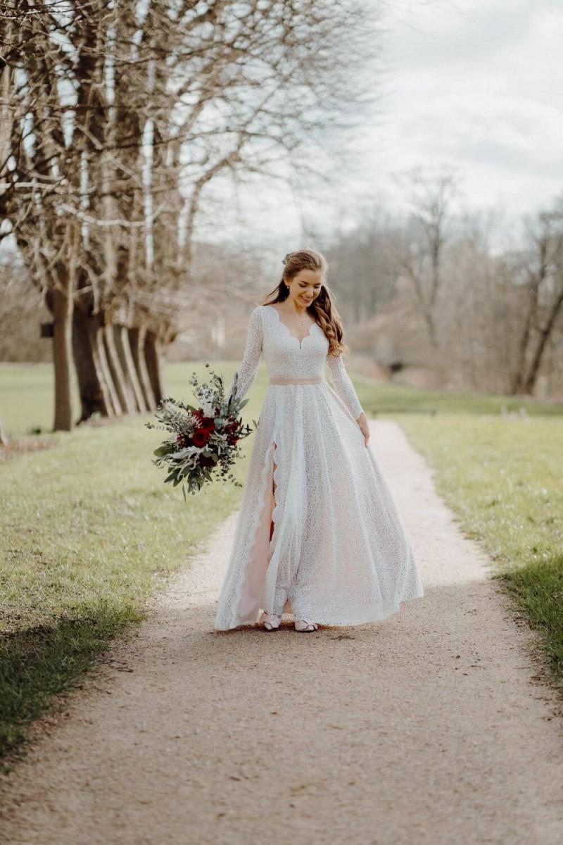 Suknia ślubna w stylu boho Porto 36.