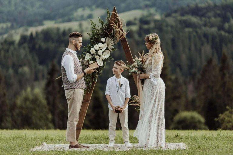 Suknia ślubna w stylu boho Porto 3.