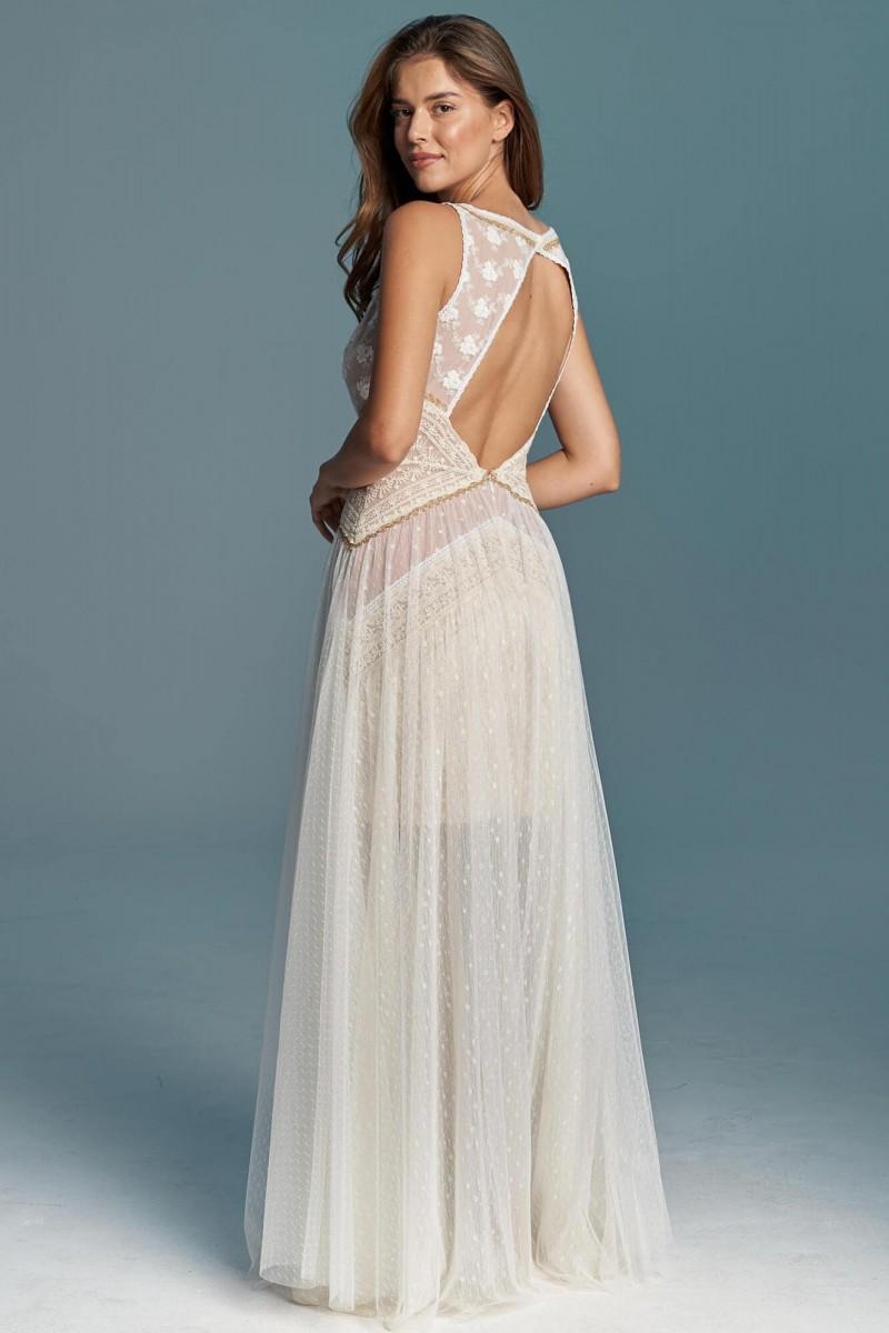 Modna suknia ślubna