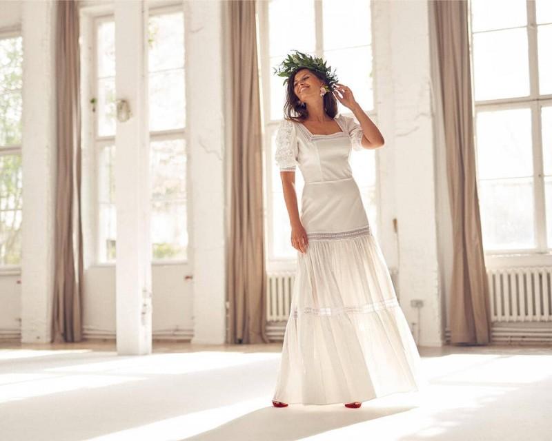 Bawełniana suknia ślubna eko z bufiastymi rękawami