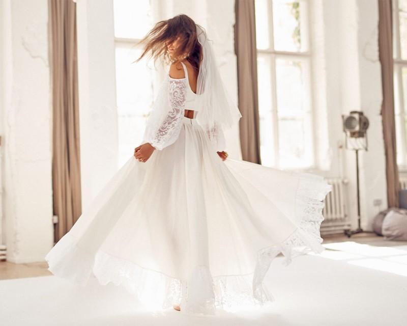 Ekologiczna suknia ślubna z bufiastymi rękawami - kompletv
