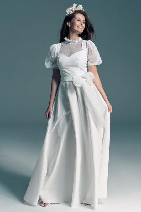 Suknia ślubna z bawełny w groszki