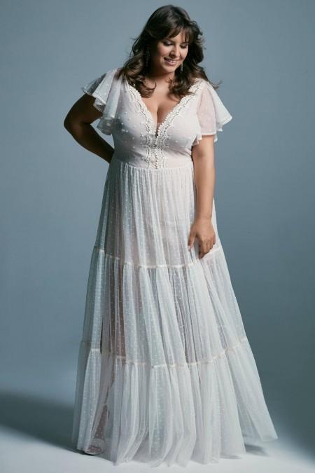 Romantyczna suknia ślubna plus size