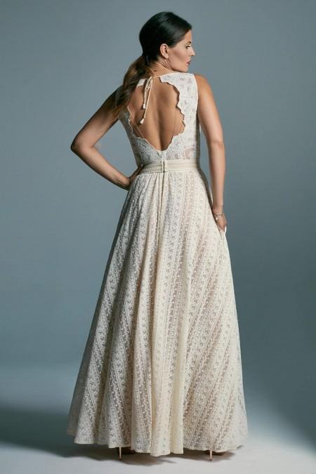 Suknia ślubna klepsydra