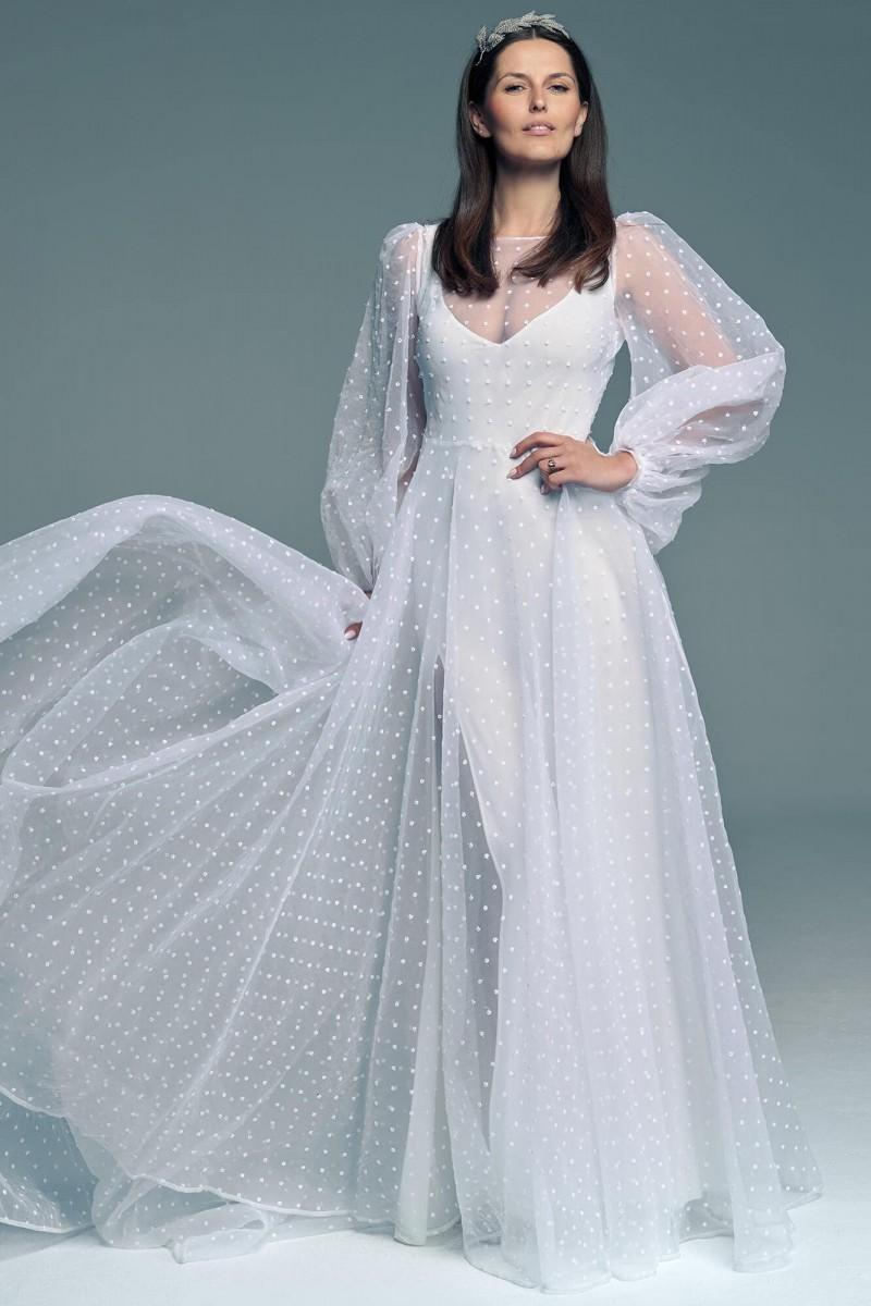 Delikatna, zwiewna i dziewczęca Suknia ślubna w kropki