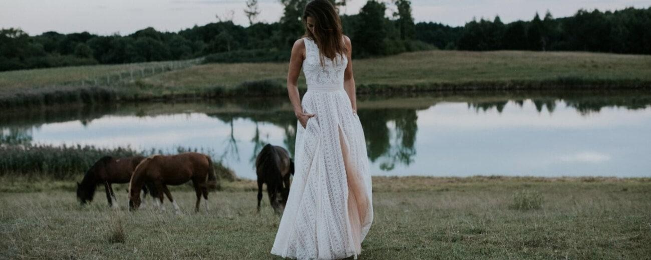 suknia ślubna, konie jezioro