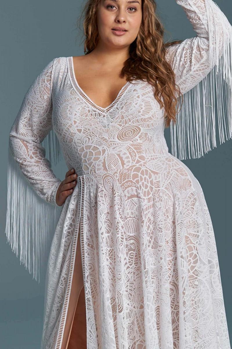 Piękna klasyczna suknia ślubna z długim rękawem