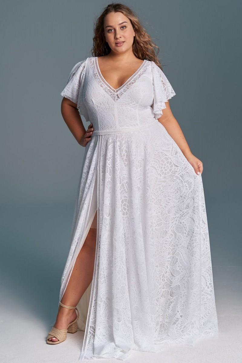 Suknia ślubna w odcieniu ciepłej bieli