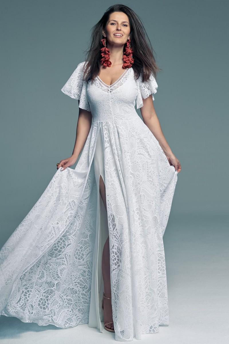 Prosta i elegancka suknia ślubna dla dystyngowanej panny młodej