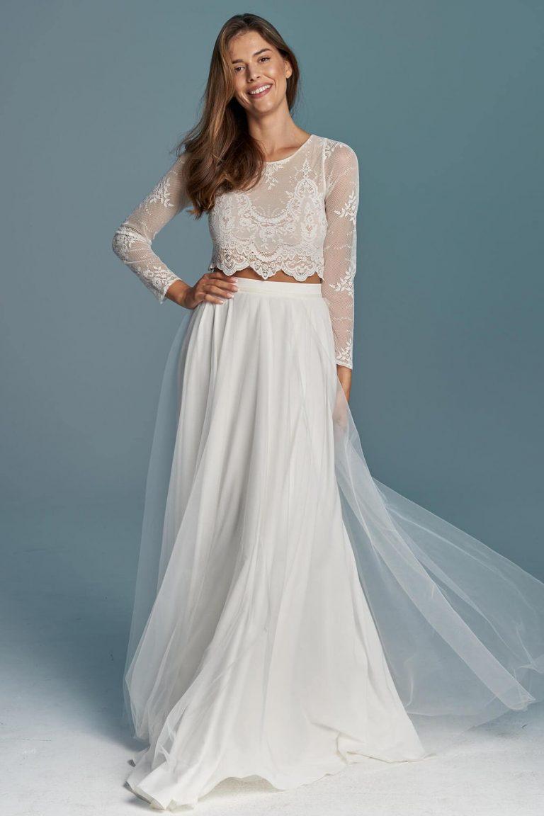 Dwuczęściowa, skromna suknia ślubna