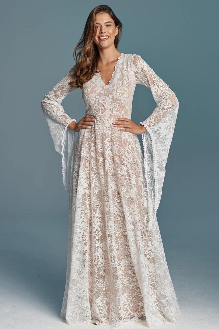 Suknia ślubna plus size - rękawy wróżki