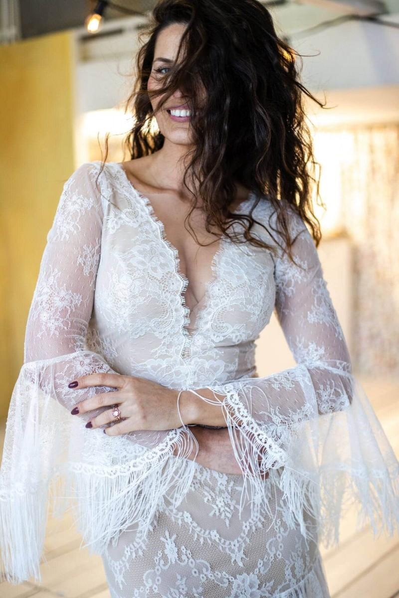 Najpiękniejsza boho suknia ślubna z frędzlami Paris 6