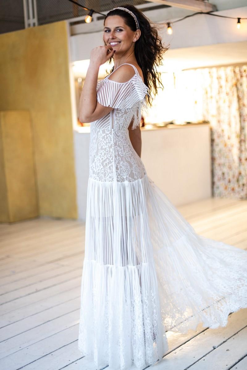 Suknia ślubna idealna na ślub na plaży Paris 8
