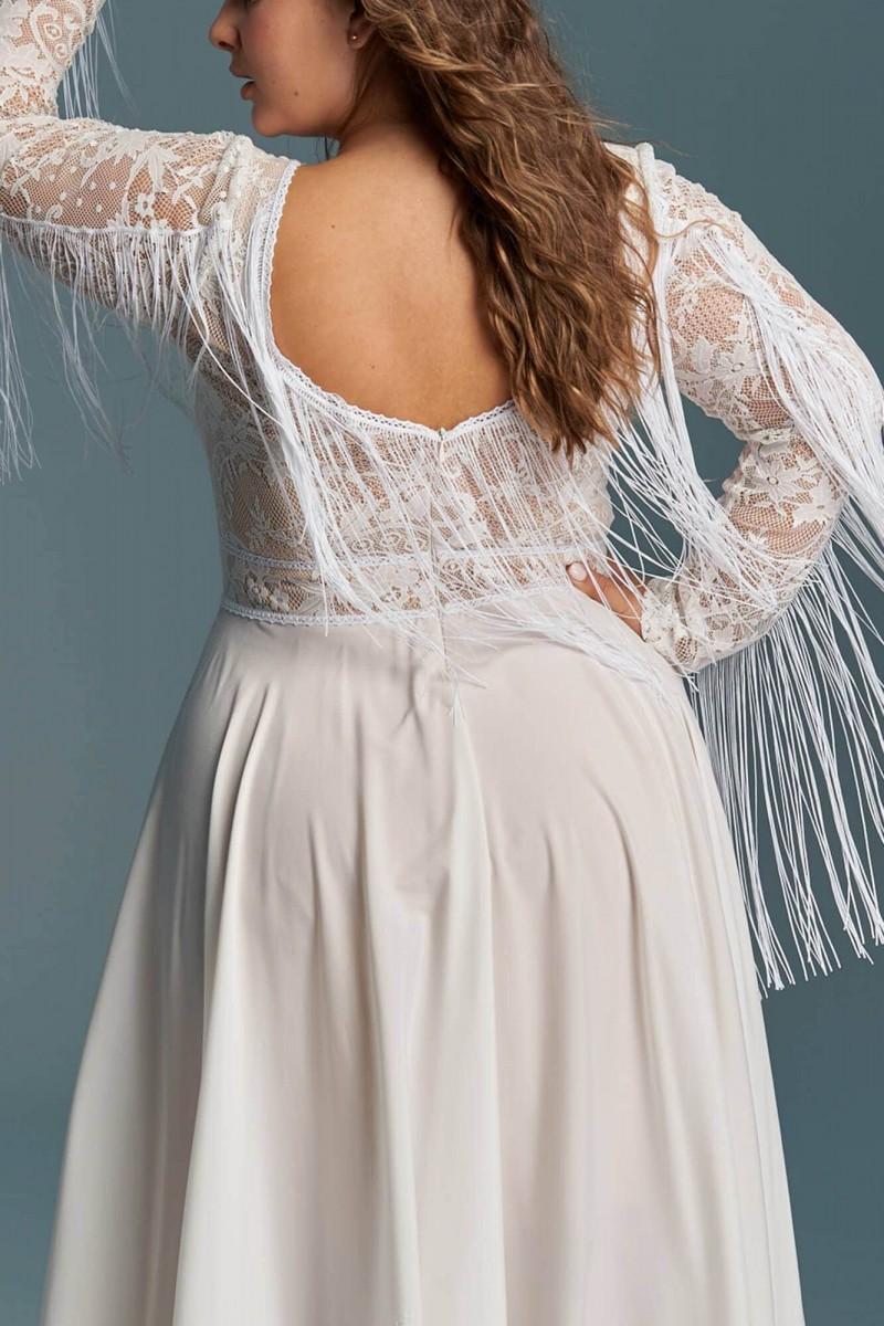 Suknia ślubna boho nawiązująca do klasyki