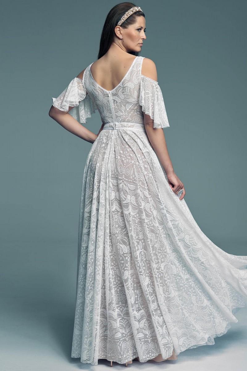 Suknia ślubna z pięknym hiszpańskim rękawem