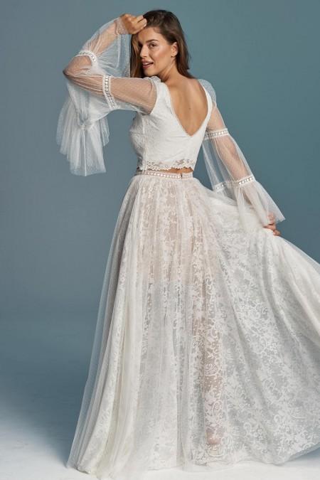 Suknia ślubna z koronki i tiulowej spódnicy