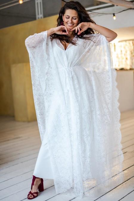 Suknia ślubna z koronki o kroju kimona Paris 16