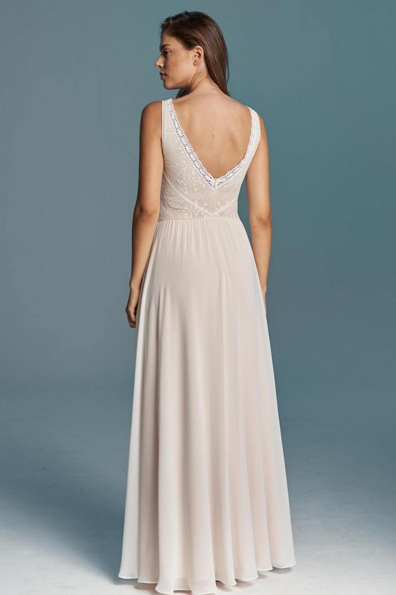 Suknia ślubna z muślinu
