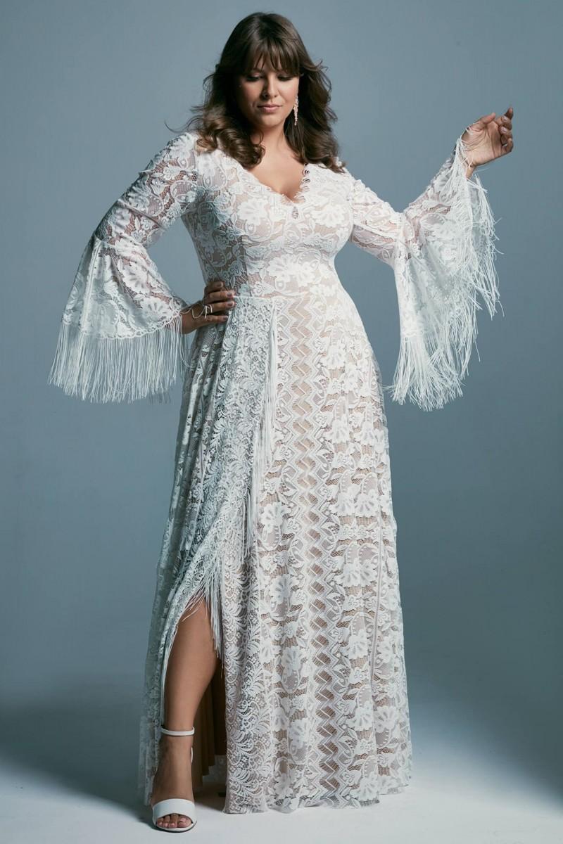 Suknia ślubna plus size z dekoltem V
