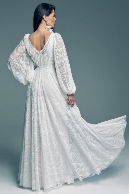 Suknia ślubna z szerokimi rękawami dla miłośniczek zabudowanych sukni