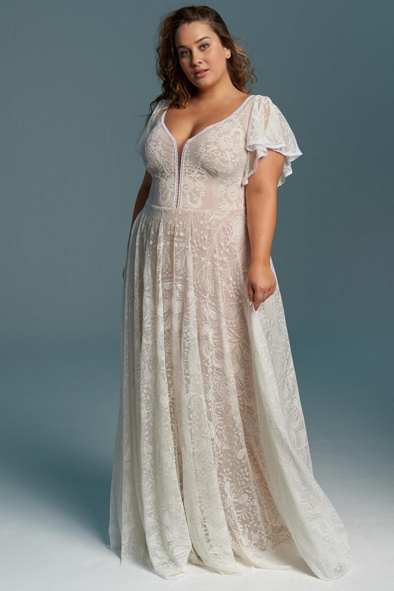 Klasyczna suknia ślubna plus size z pięknym głębokim dekoltem