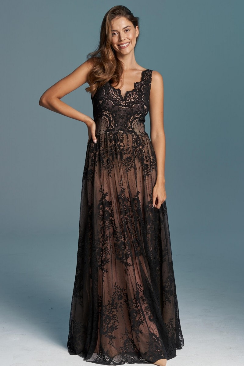 Romantycza, zwiewna czarna sukien ka ślubna