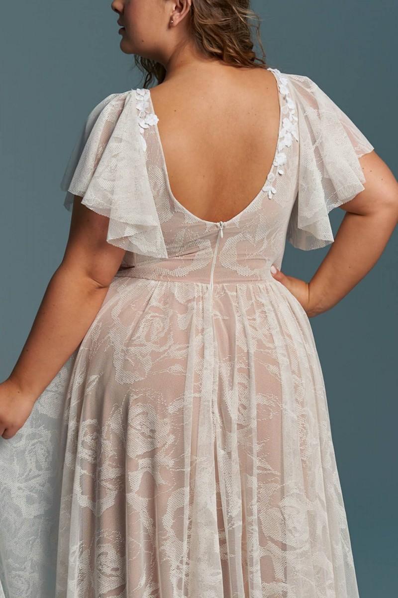 Suknia ślubna plus size z koronki z kwiecistym zdobieniem Porto 50